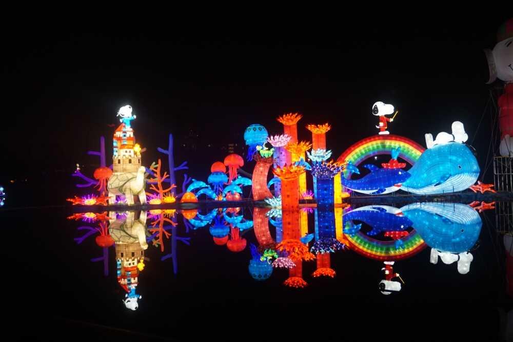 成都欢乐谷史努比环球童梦灯光节引爆蓉城